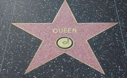Queen s star on the Hollywood